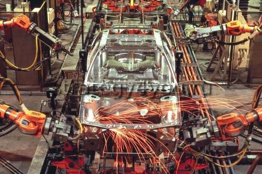 Промышленность Британии демонстрирует замедление